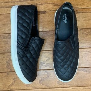 Mossimo Quilted Sneakers